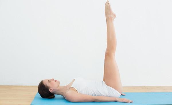 Bài tập Yoga Uttanpadasana