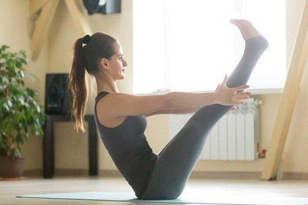 tư thế dáng thuyền -yoga giảm mỡ bụng trước