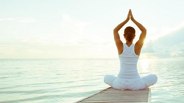 tập yoga có giảm mỡ bụng