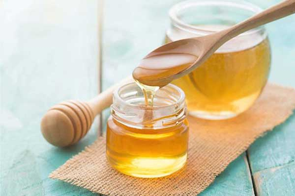 Uống nước mật ong có béo không