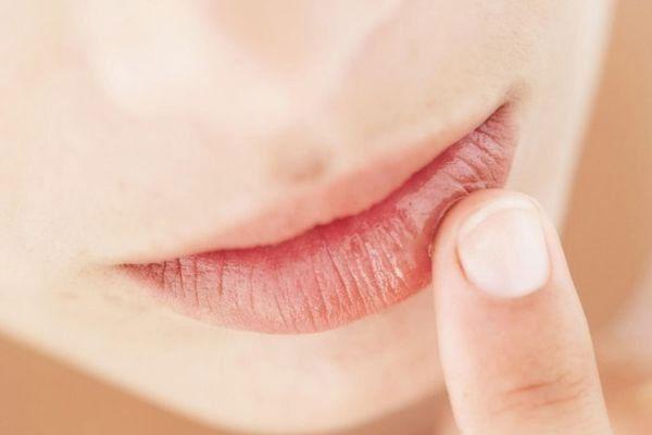 cách làm dầu gấc dưỡng da