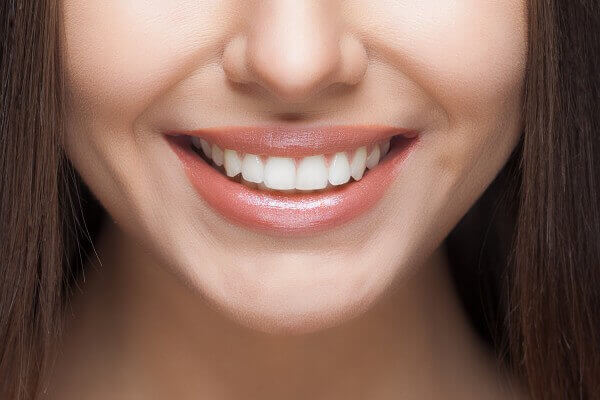 cách làm răng đều đẹp tại nhà