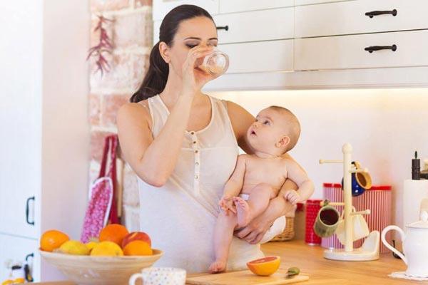Chế độ ăn nhiều sữa giảm cân cho mẹ sau sinh hiệu quả nhất 1
