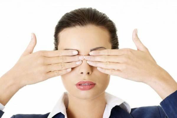 cách chữa cận thị tại nhà